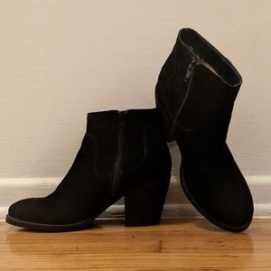 Seychelles Crazy For You Black Suede Ankle Boot